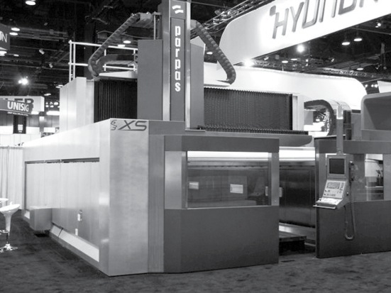 Design carrozzeria e pannellature per Centro di Lavoro Parpas